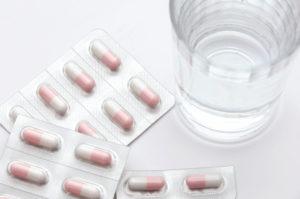 輕微頭痛者, 可透過服用止痛藥來紓緩痛楚
