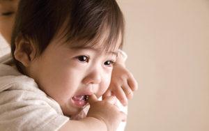 家長應小心3-5歲的幼童身上的痣直徑面積是否大於20厘米,甚至有否凸出的情況。